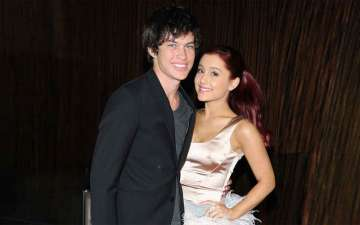Actor Graham Phillips defends ex-girlfriend, Ariana grande!! Chances of them dating again??