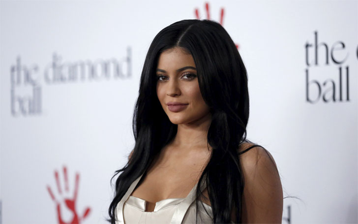 How does Kylie Jenner Look with an Engagement Ring, Her Affairs and Relationship Status