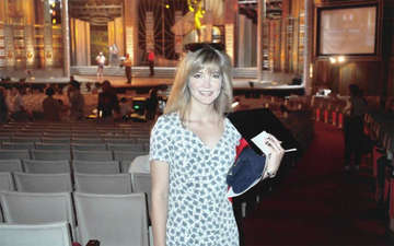 Is Crystal Bernard Single or Dating Someone? Find About Her Affairs, Relationships Career and Family