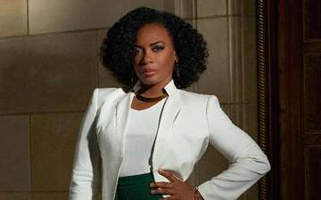 American Actress, Aunjanue Ellis Single or Married? Know About Her Affairs And Relationship