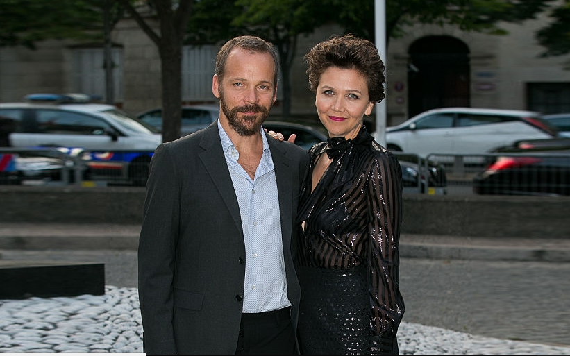 Maggie Gyllenhaal & Her Husband Peter Sarsgaard's Love Life Is Pretty Interesting, Details Here