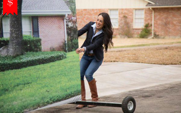 How Tall Is Joanna Gaines Her Net Worth And Rumors