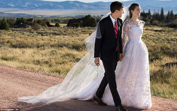 Know The Love Life of Allison Williams and Her Husband Ricky Van Veen, Their Past Affairs & Child