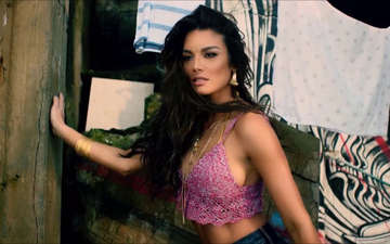 Zuleyka Rivera Responds to Haters After Grammy Performance: Know about her Affairs and Relationship