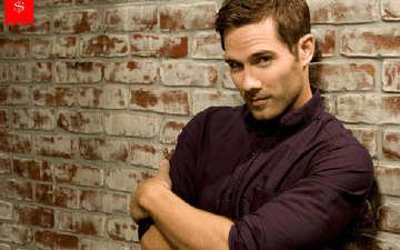 How Rich Is Canadian Actor Luke Macfarlane? His Career As An Actor & Salary