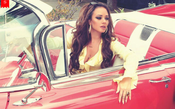 How Much Money Does Leah Remini Earn? Her Successful Career, Net Worth & Properties