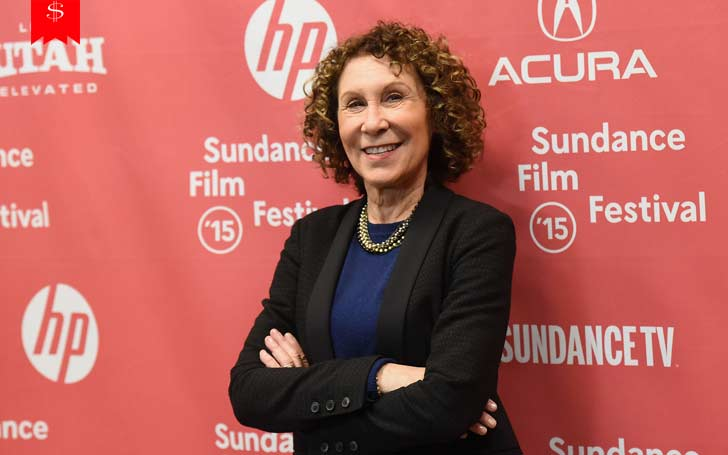 A Dive Into Rhea Jo Perlman's Life As An Actress: Details on Her Net Worth And Overall Annual Income