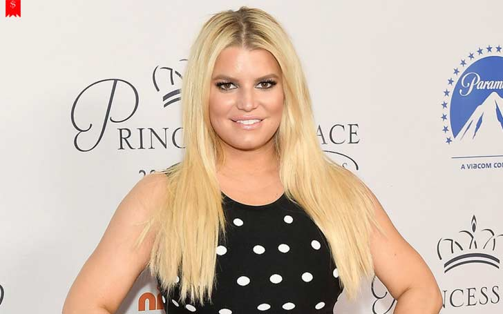 American Actress Jessica Simpson's Financial Status: Her Annual Earnings & Net Worth In 2018
