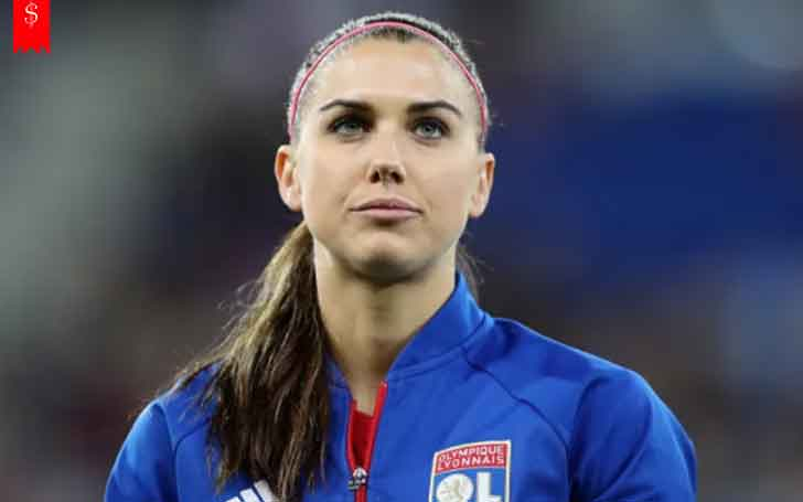 Into The Life of American Soccer Player Alex Morgan: Her Annual Earning, Salary and Net Worth