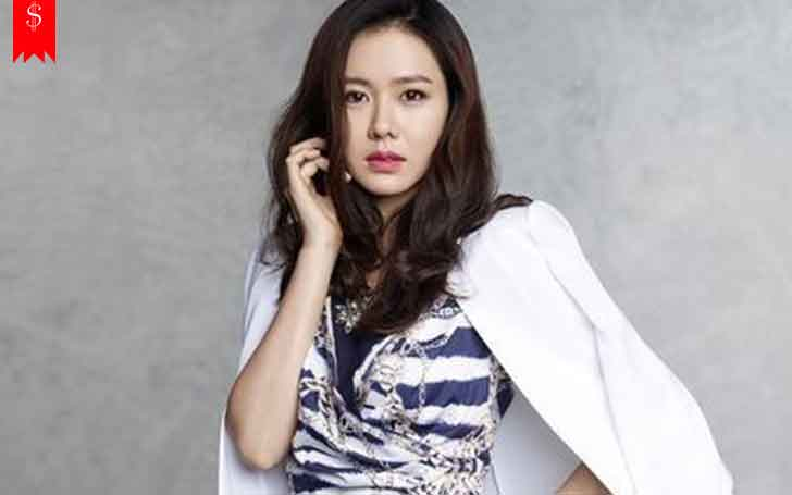 South Korean Actress Son Ye-jin's Career & Professional Achievement, Also Know Her Net Worth