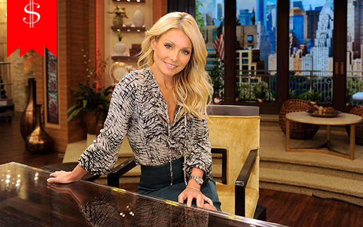 1.6 m Tall American TV Personality Kelly Ripa Receives Huge Salary From her Profession Has a Tremendous Net Worth