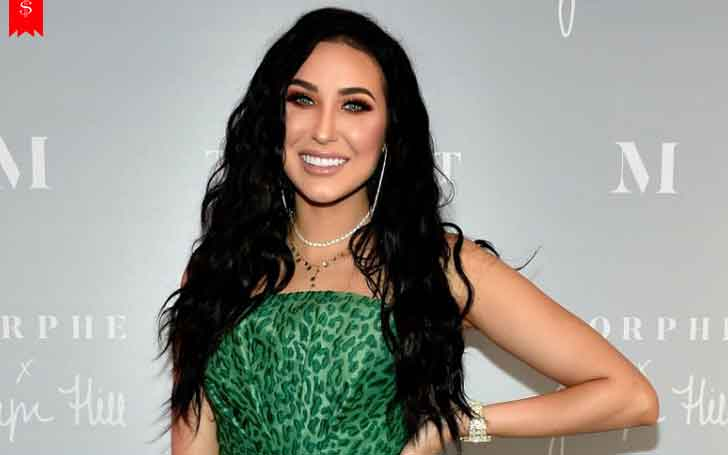 28 Years American Youtube Personality Jaclyn Hill S Net Worth