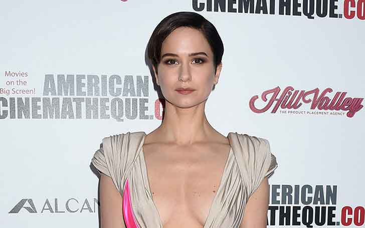 Katherine Waterston's Is Pregnant, Who Is Her Husband? Her Married Life & Children