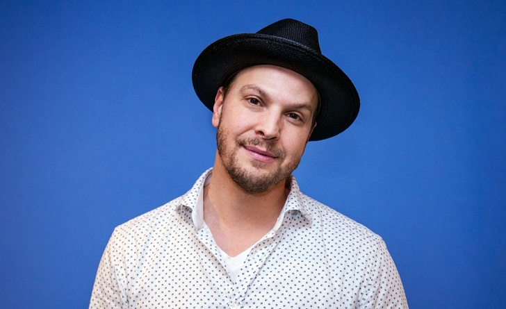 Gavin DeGraw Rumored To Be A Gay Despite Previously Dating Girlfriend Amanda Loncar