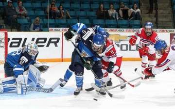 Russia thrashed easily by the mighty USA in 2016 IIHF World U18 Championships.
