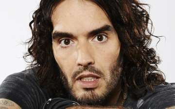 Russell Brand confirms his girlfriend's pregnancy as he is going to be a father for the first time