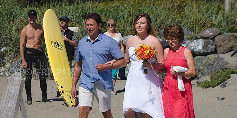 Canadian prime minister Justin Trudeau goes shirtless as he photobombs wedding at beach