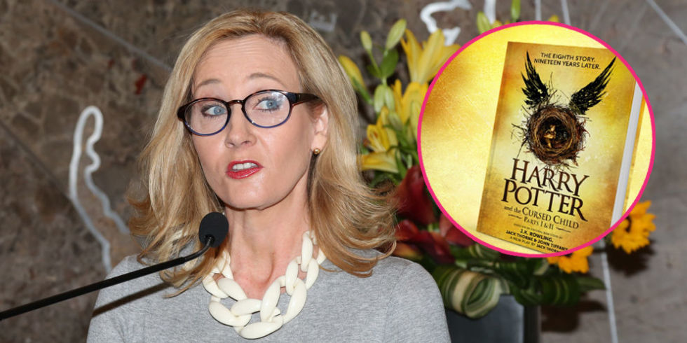 JK ROWLING ACES IT AGAIN TO SLAM THE TWITTER USERS WHO THRETENED TO BURN HER BOOKS