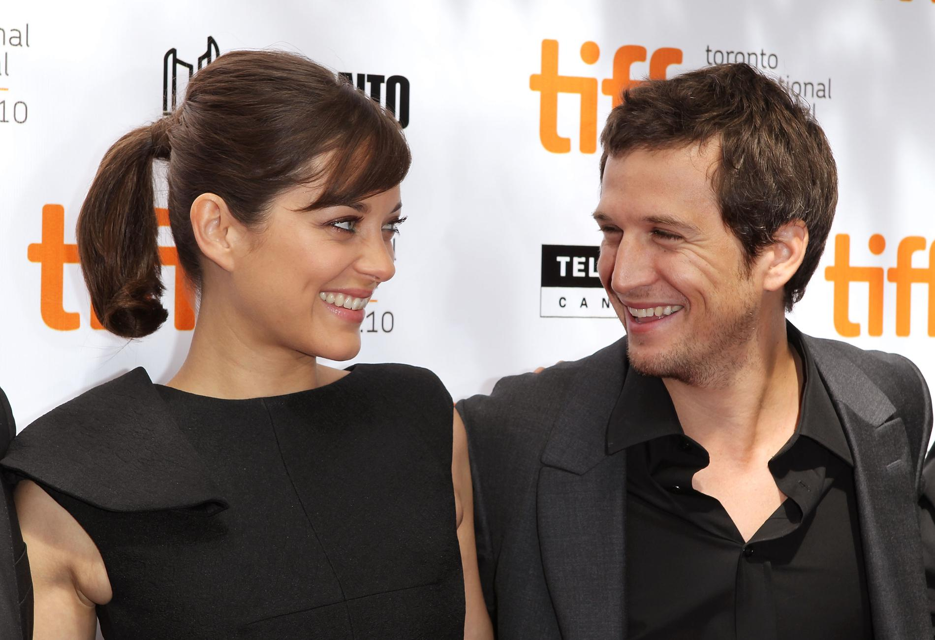 Guillaume Canet and Marion Cotillard are parents to a New Born Baby Girl Mother and Baby are healthy