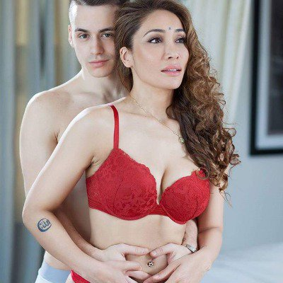 Sofia Hayat decides to get engaged after one week of relationship