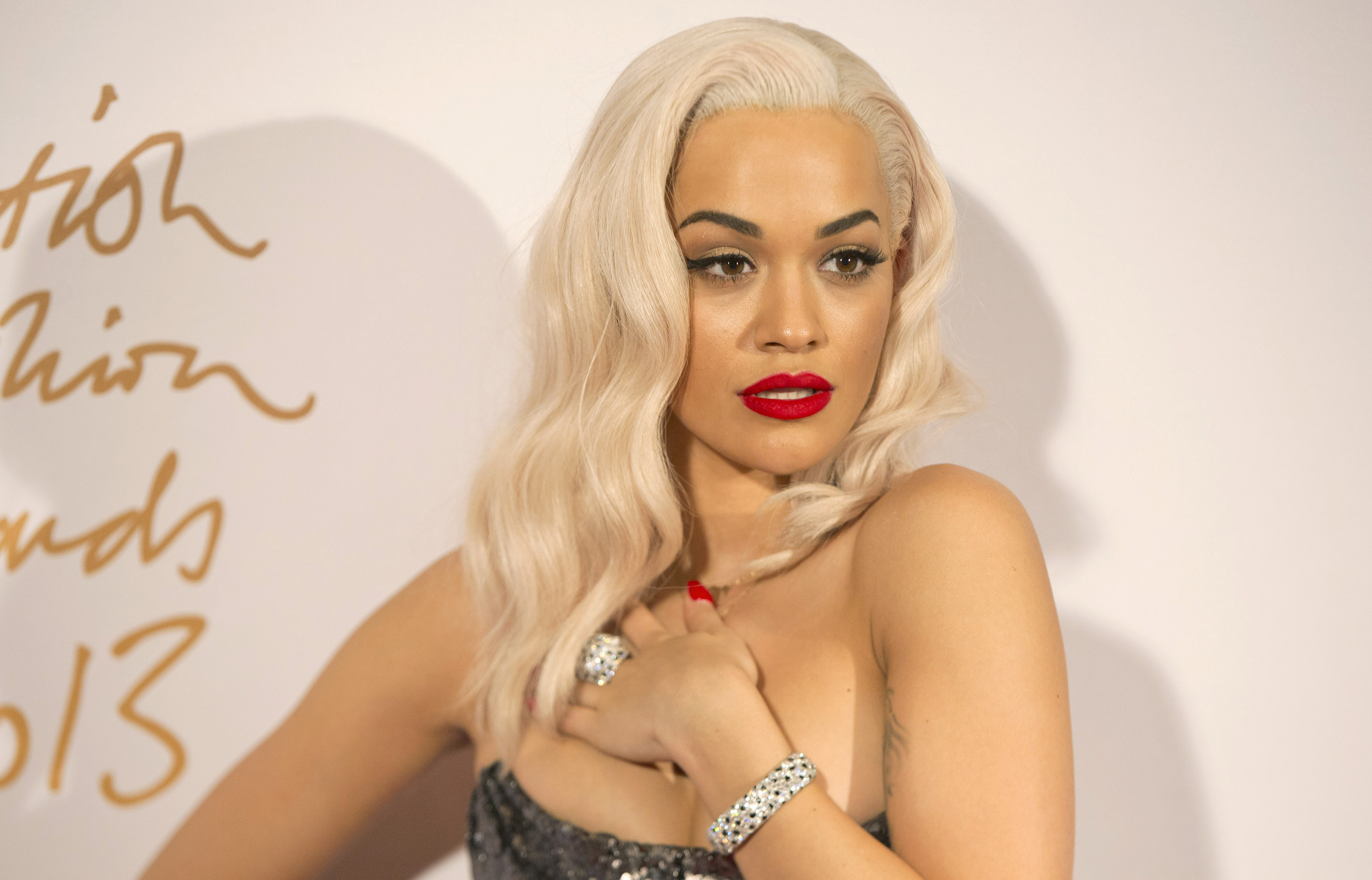 British Singer Rita Ora Flashes Her Nipples In A Sexy Outfit: Ready For The Sizzling Photoshoot