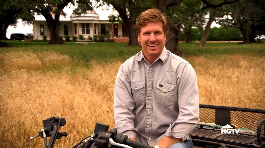 fixer upper star chip gaines responds to former partners 39 lawsuit. Black Bedroom Furniture Sets. Home Design Ideas