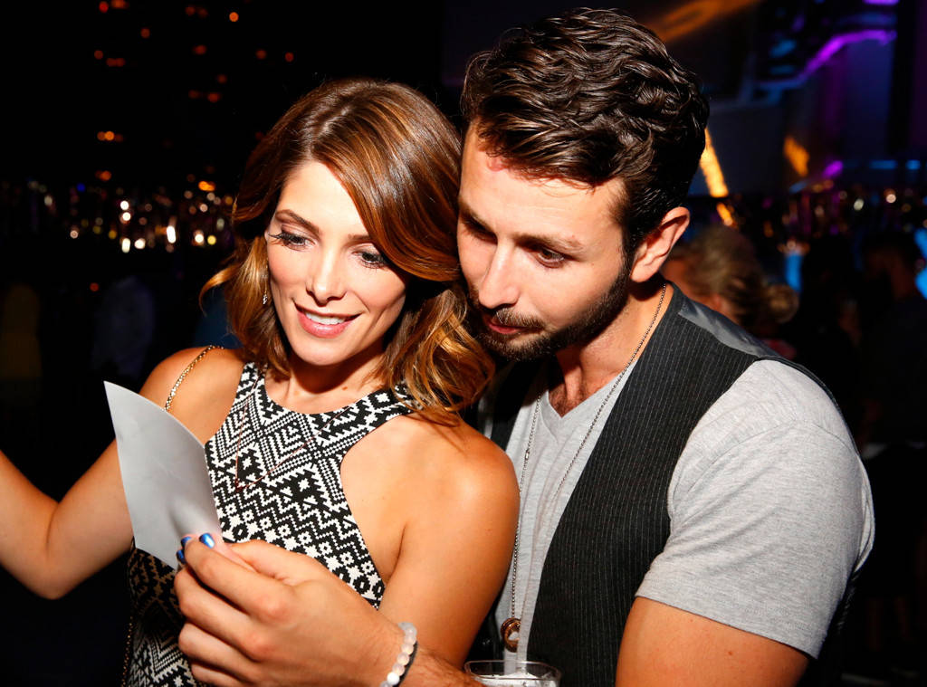 Twilight Saga Actress Ashley Greene Love For Boyfriend:  Kisses Fiance Paul Khoury In LA
