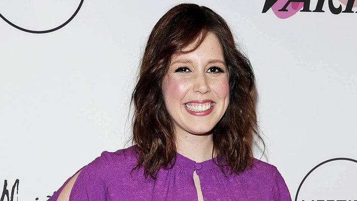 American Actress Vanessa Bayer Has A Different Way To Go, Quits