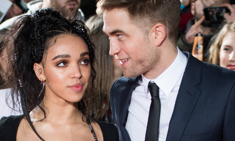 Twilight Actor Robert Pattinson and singer FKA Twigs are kind of Engaged