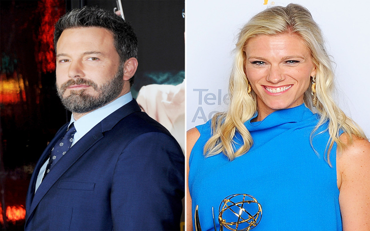 Ben Affleck was spotted grabbing coffee with Girlfriend Lindsay Shookus before heading to his office