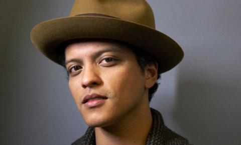 Bruno Mars Donates $ 1 Million to Water Crisis Efforts