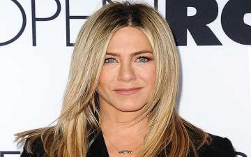 Jennifer Aniston Donates $1M Ricky Martin Foundation & American Red Cross For Hurricane Relief