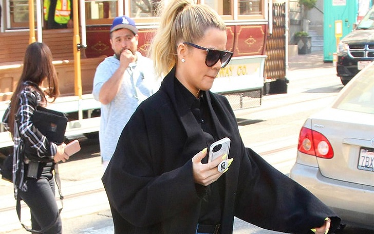 Khloe Kardashian Flaunts Her Growing Baby Bump In High-Waist Jeans: Pictures
