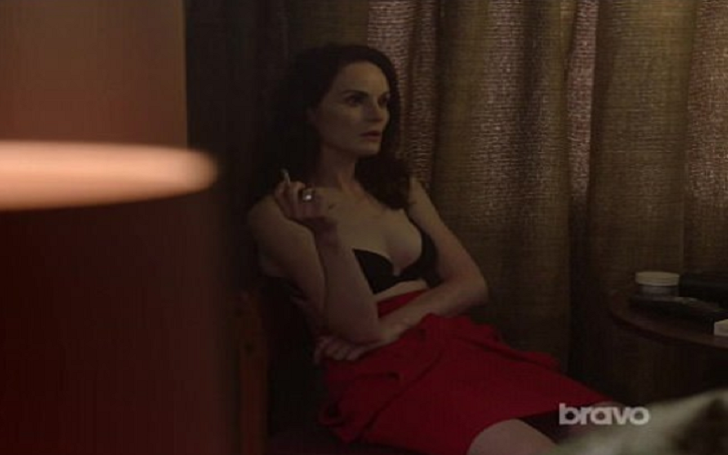 Downton Abbey's Michelle Dockery Wears Just Bra As She Smokes, Drinks And Takes cocaine