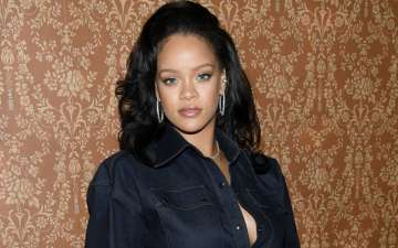 Rihanna Speaks Against Gun Violence After Cousin's Death in Shooting
