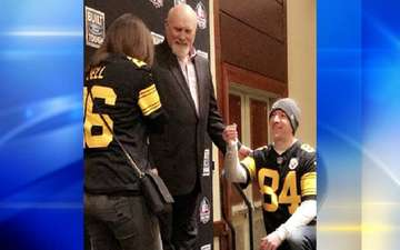 Pittsburgh Couple Gets Engaged With The Help of Terry Bradshaw
