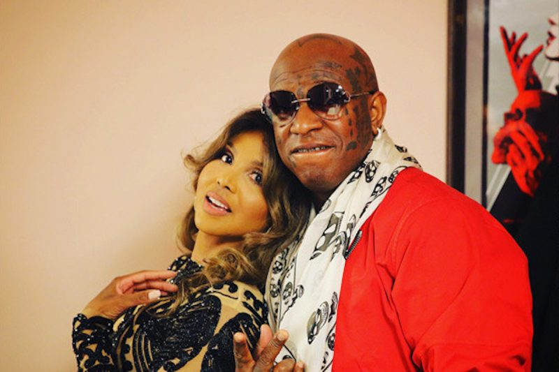 Toni Braxton Is Finally Engaged To Birdman: Flaunts Her Massive Ring