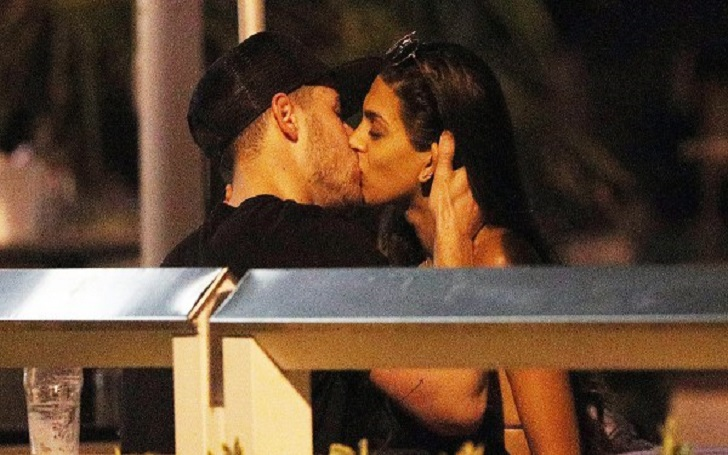 Nick Jonas Caught Kissing Brunette Woman Named Annalisa Azaredo in Australia