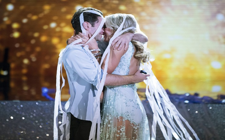 'Dancing With the Stars' Alum Emma Slater and Fiancee Sasha Farber Are Married: Wedding Details