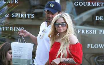 Is it a hint? Singer Avril Lavigne sparks Dating Rumors with Egyptian-American billionaire heir Phillip Sarofim