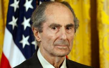 Philip Roth, Pulitzer Prize-Winning Novelist, Dies at Age 85