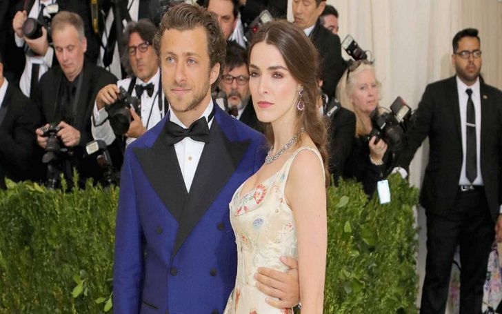 Anna Wintour's Daughter Bee Shaffer Gets Married to Francesco Carrozzini: Wedding Details