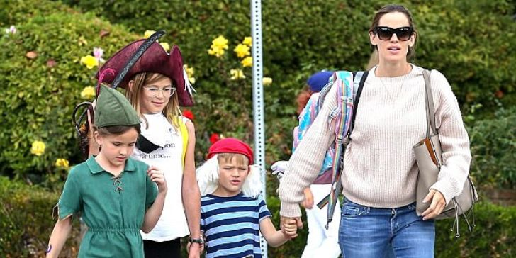 Jennifer Garner Returned to Acting; Nearly Left Her Career after Bearing Three Children