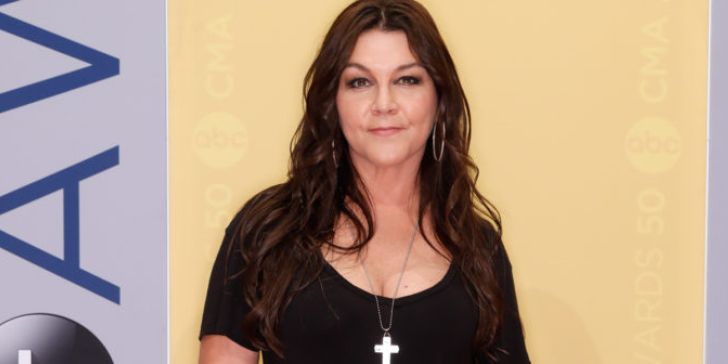 'Redneck Woman' Singer Gretchen Wilson Detained at Connecticut Airport