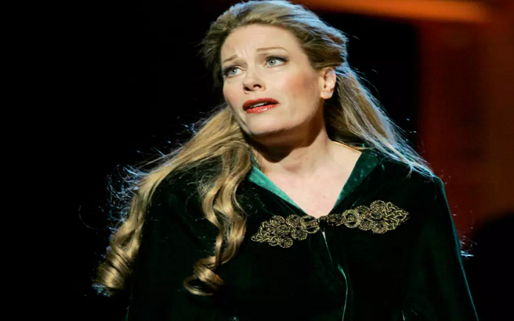 Marin Mazzie, 57, Broadway Star, Dies After Being Diagnosed With Ovarian Cancer