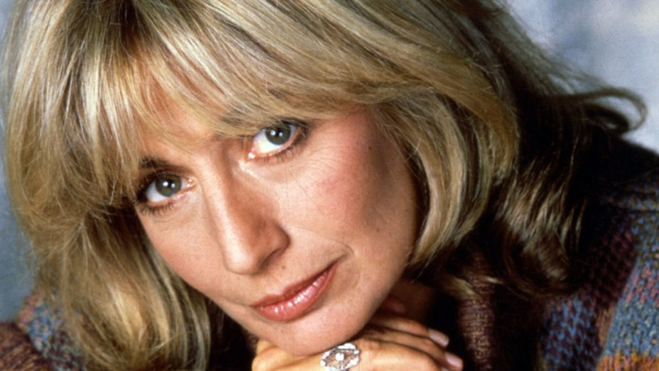 Penny Marshall, 'Laverne & Shirley' Actor, Dies at 75