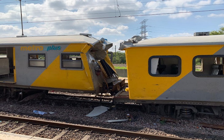 At least 3 dead And Several Injured in a Train Crash in Pretoria