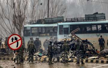 40 Indian Soldiers Killed in Kashmir Terror Attack, Suicide Bomb