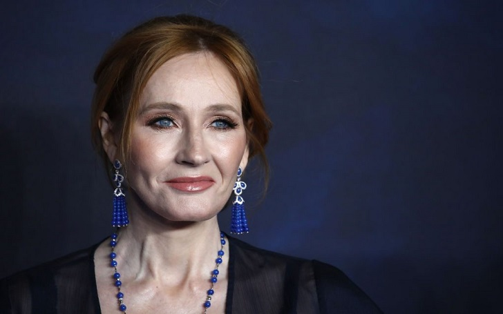 J. K. Rowling Faces Angry Tweets after Revealing Sexual Relationship between Dumbledore and Grindelwald
