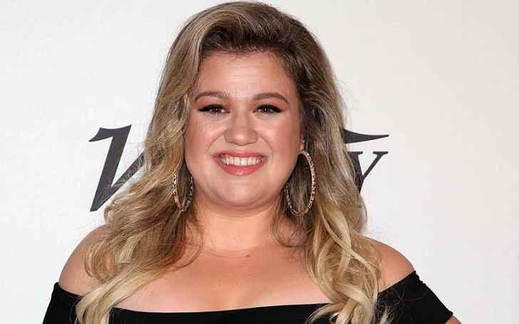Kelly Clarkson Brings All Her Children to the Premiere of UglyDolls
